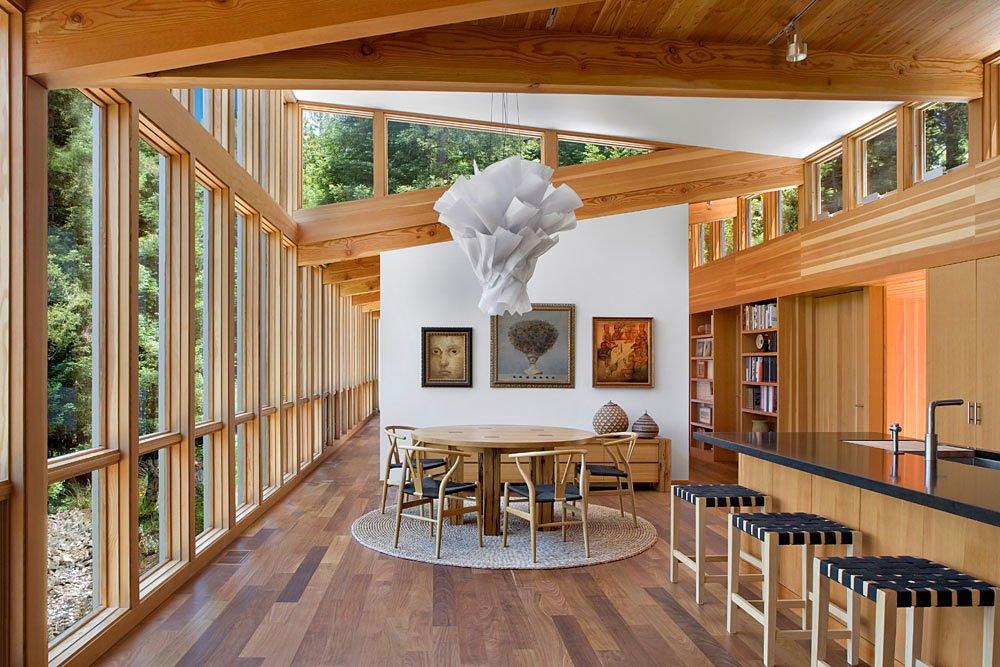 Dise o de cocina comedor moderna de casa de campo planos for Casas alargadas