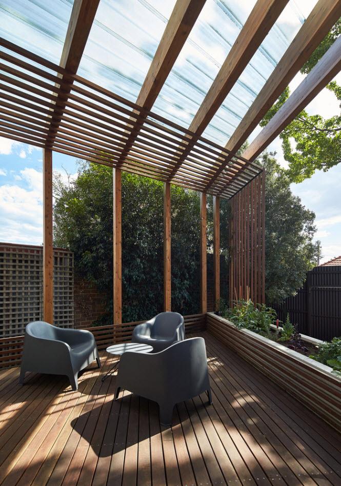 Decoración de madera en terraza