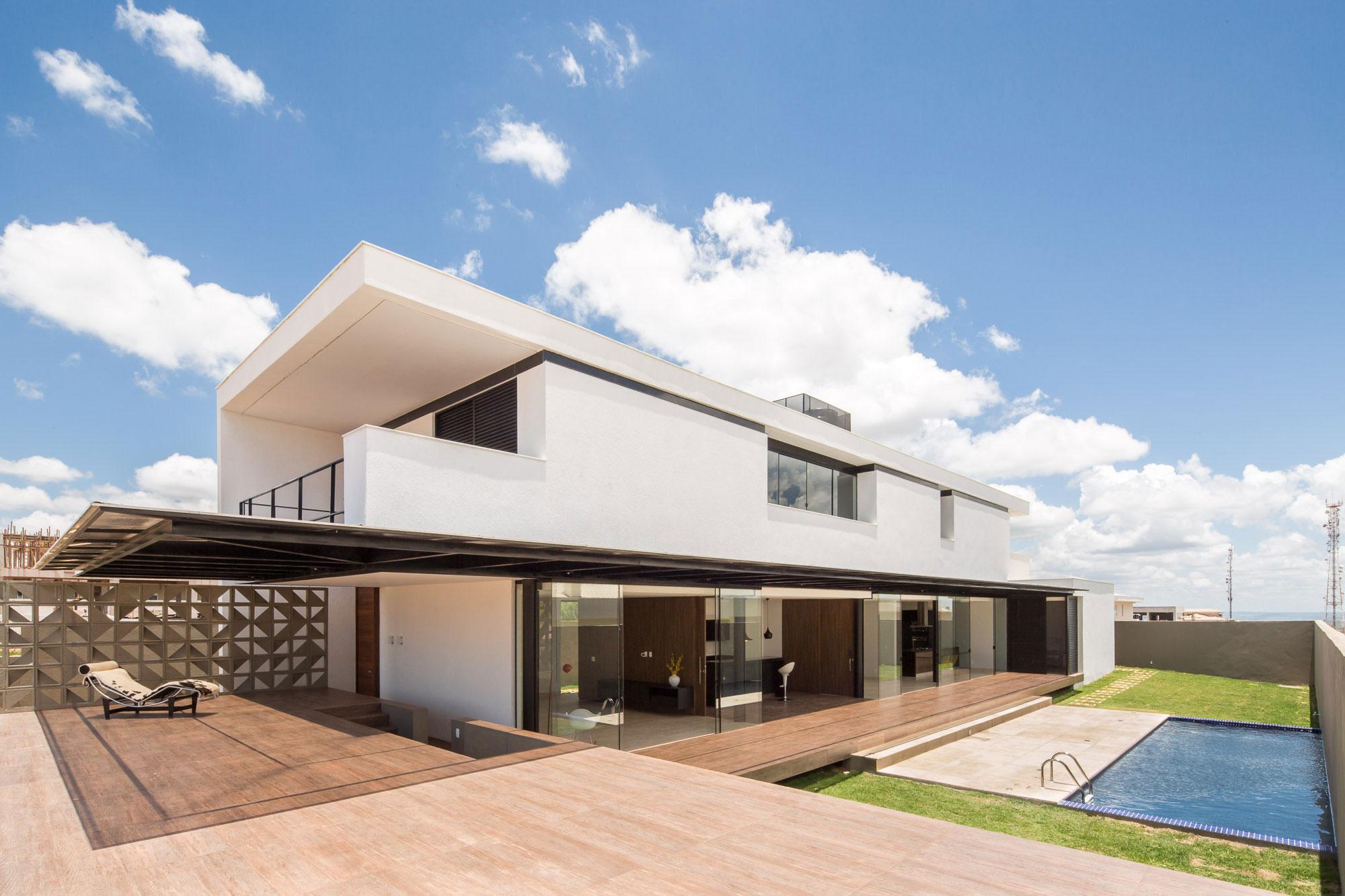 Casa de dos pisos mco house por esquadra yi planos de for Disenos de casas de dos plantas