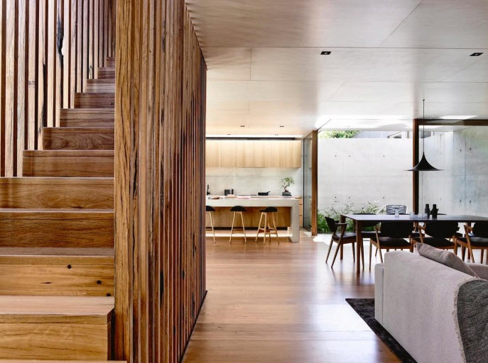 Diseño de escalera en la sala