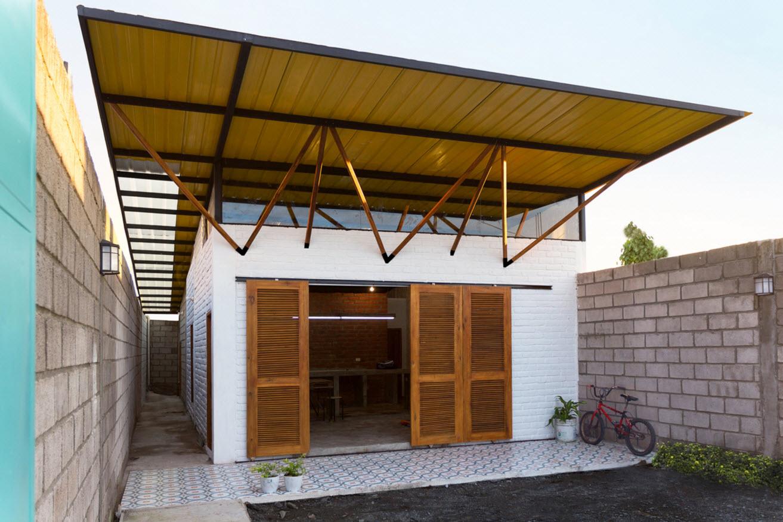 Plano de peque a casa construida en 85 metros cuadrados - Fachadas arquitectura ...