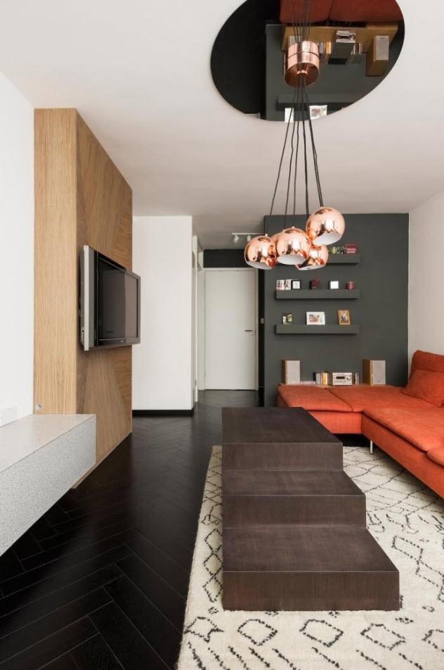 Interior de pequeña sala de departamento
