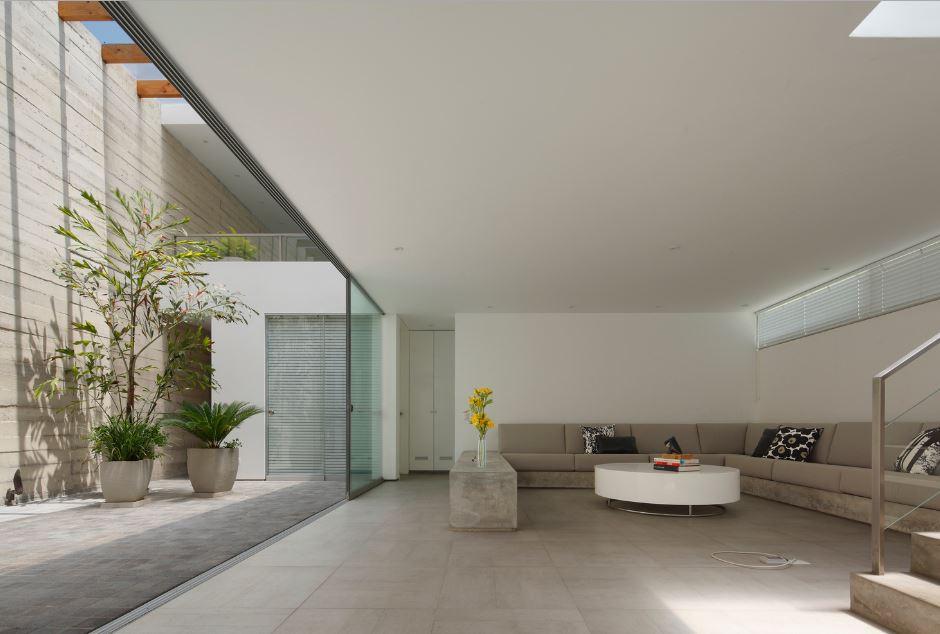 Amplios ambientes interiores de la casa