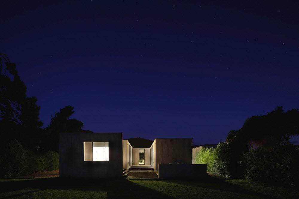 Casa en madera de noche