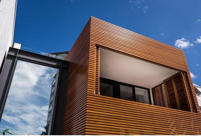 Dise o casa peque a dos pisos planos de arquitectura - Imitacion madera para fachadas ...