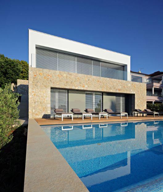 Dise o de moderna casa de dos pisos planos de arquitectura for Casa moderna espana