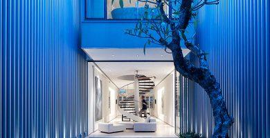 Hermosa casa de tres pisos