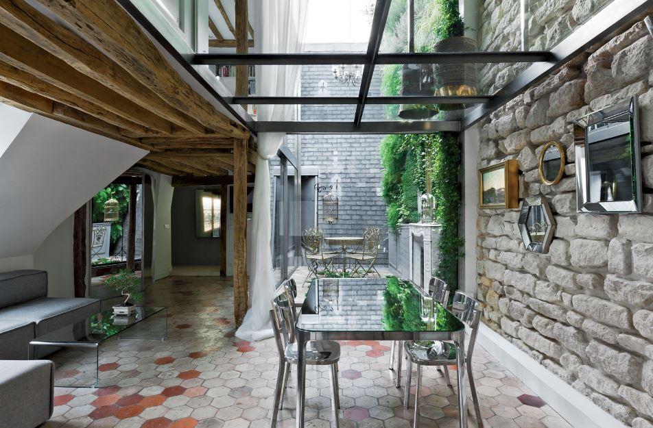 Diseño de interiores combina rústico y moderno