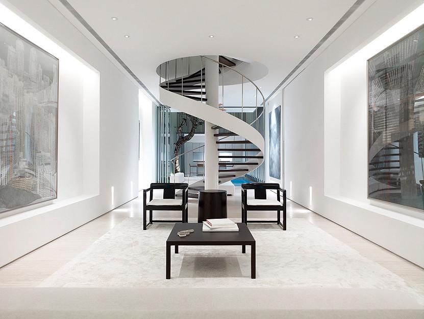 Moderno interior en color blanco
