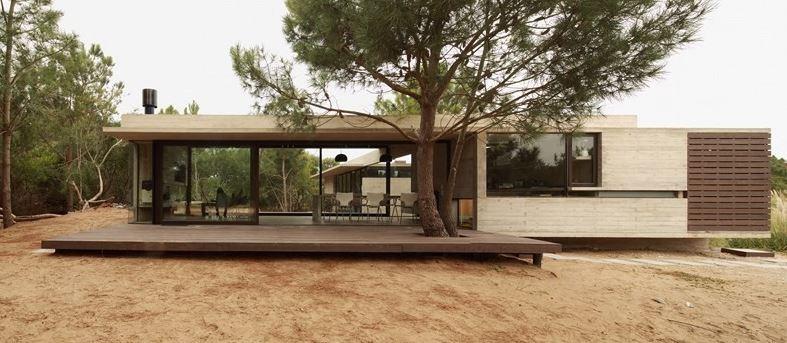 Casa de un piso forma de l planos de arquitectura for Casas alargadas