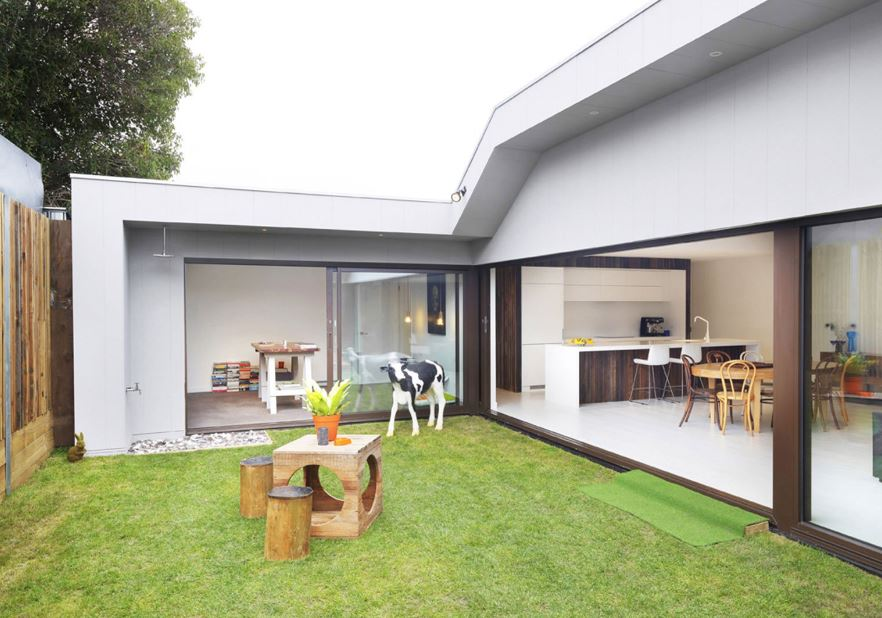 Casa de un piso y tres dormitorios planos de arquitectura for Planos de casas con patio interior