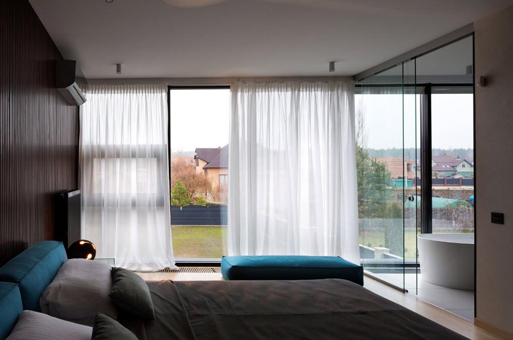 Moderno dormitorio con hermosas vistas