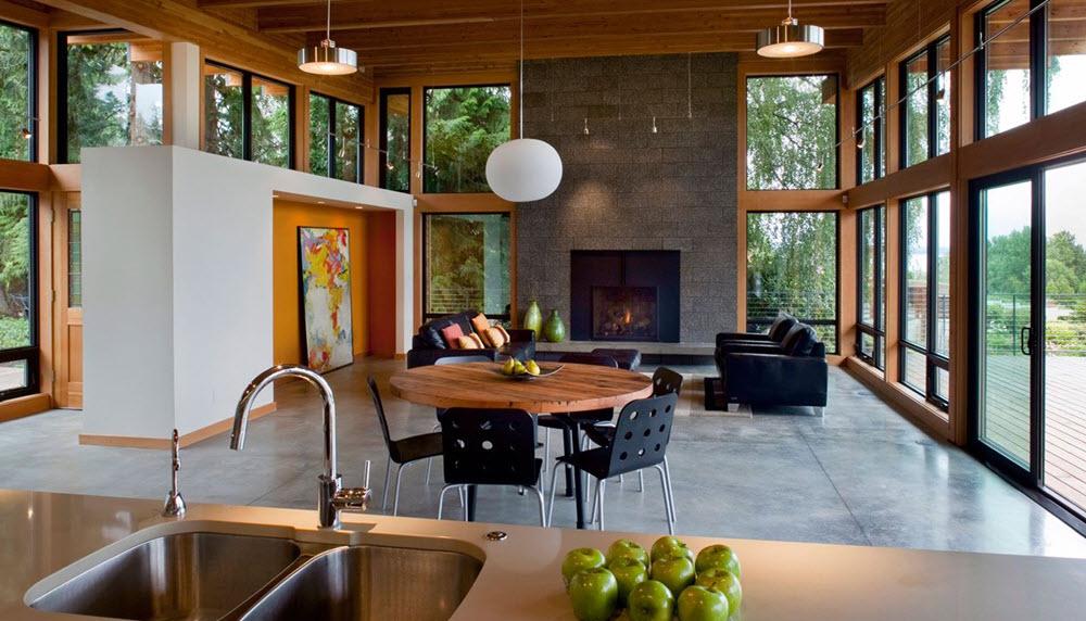 Moderno interior con gran iluminación natural