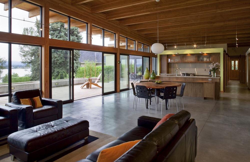 Moderno interior reslata la estructura de madera