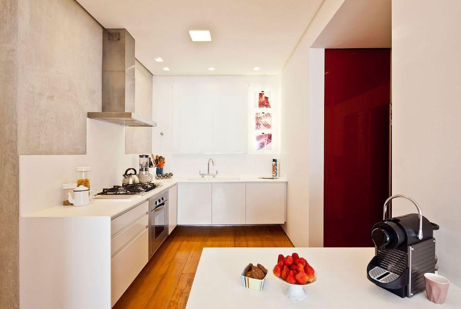 Pequeña cocina en color blanco