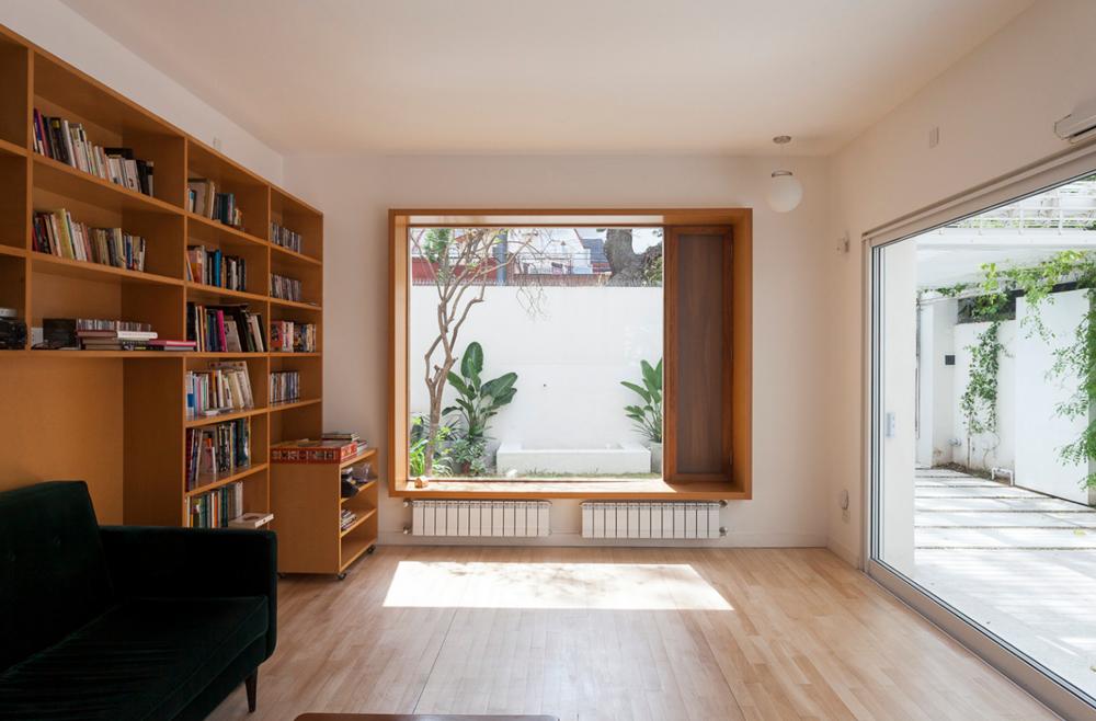 Dise o casa moderna dos pisos planos de arquitectura for Iluminacion escaleras interiores