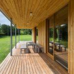 Diseño de amplia terraza en madera
