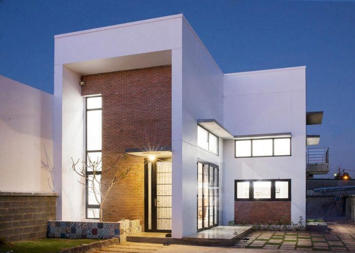 Dise o casa dos pisos tres dormitorios planos de for Departamentos arquitectura moderna