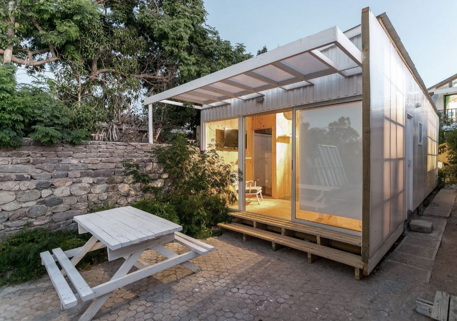 Dise o de peque a casa prefabricada de un piso planos de - Casa pequena de madera ...