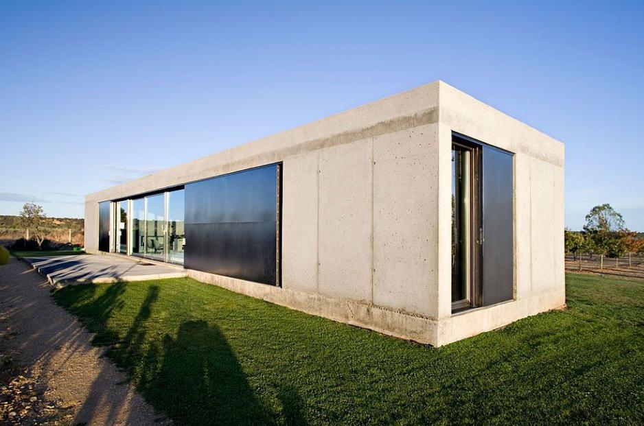 Moderna casa de campo de concreto