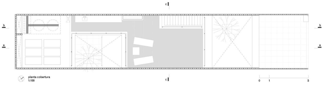 Plano de terraza de casa de dos pisos