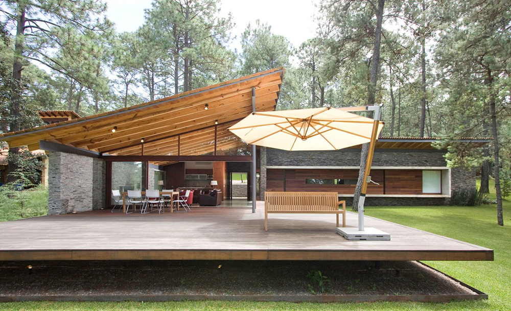 Dise o de casa de campo construccion moderna con - Disenos casas de madera ...