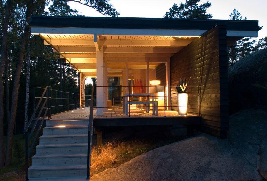 Dise o de hermosa casa de campo construcci n moderna con - Casas con estructura de madera ...