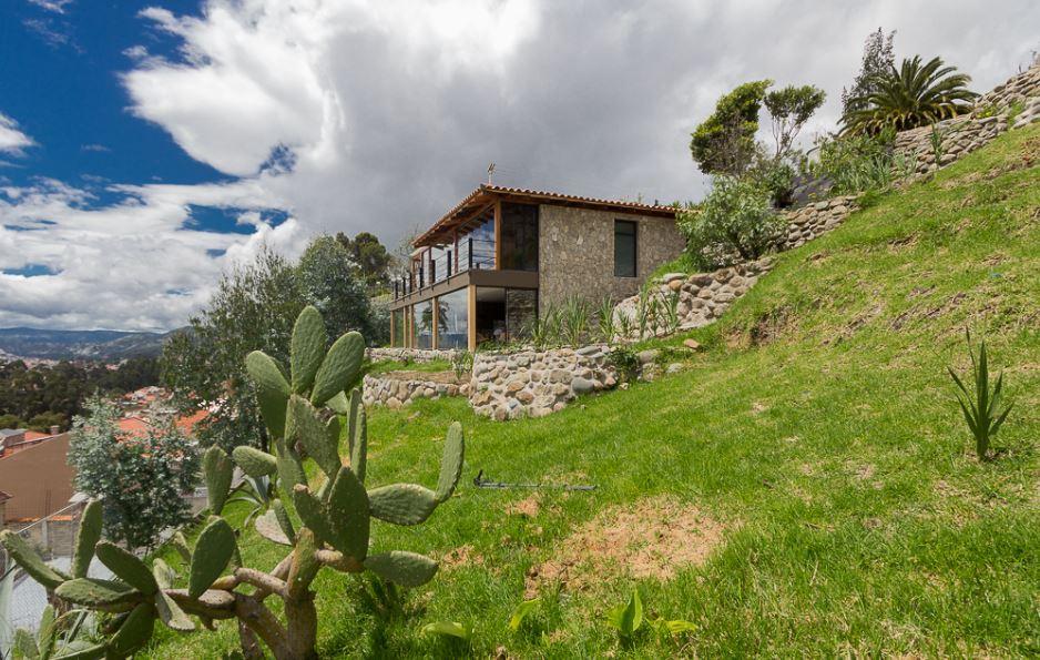 Dise o de moderna casa de campo presenta exteriores en for Casa moderna en el campo