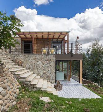 Casas en pendiente planos de arquitectura for Diseno de casas de campo modernas
