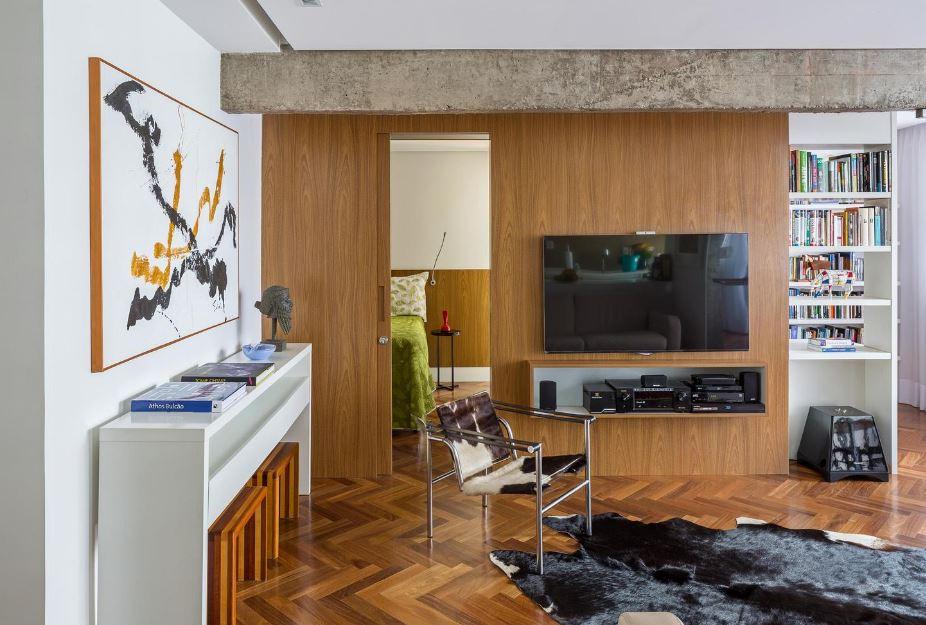 Moderna zona social con aplicaciones de madera