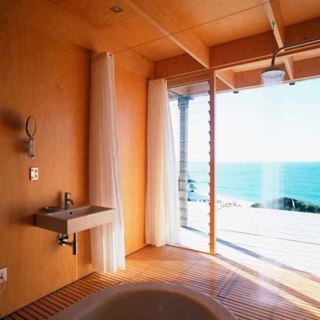 Moderno cuarto de baño