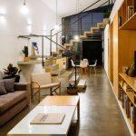Modernos interiores con doble altura