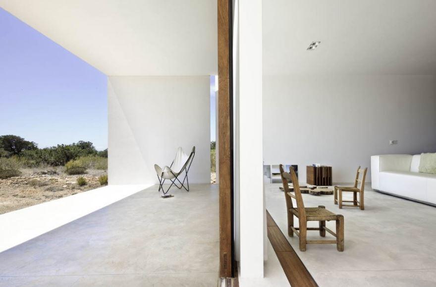 Dise o de hermosa casa de campo de un piso presenta for Colores interiores de casa 2016